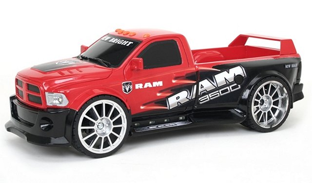 New Bright Dodge Ram 3500 - 1:16 Electric RC Truck