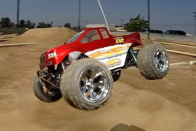 Losi Mini LST - 1:18 Electric RC Monster Truck