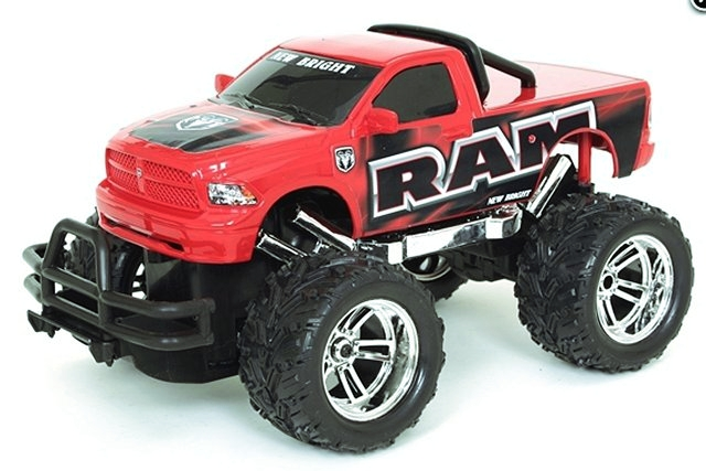 New-Bright Dodge Ram - 1:16 Electric Monster Truck