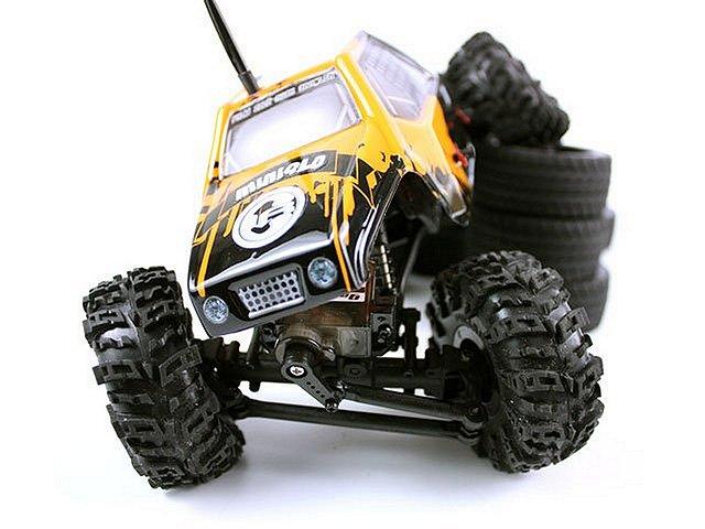 RCTRAX MiniQLO Rock Crawler - 1/24 Scale