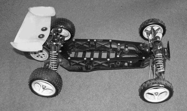 Schumacher Fireblade - 1:10 Electric 2WD RC Buggy